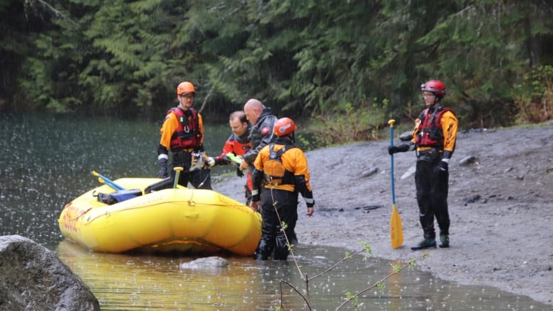 2 children dead after off-road vehicle rolls into lake near Chilliwack