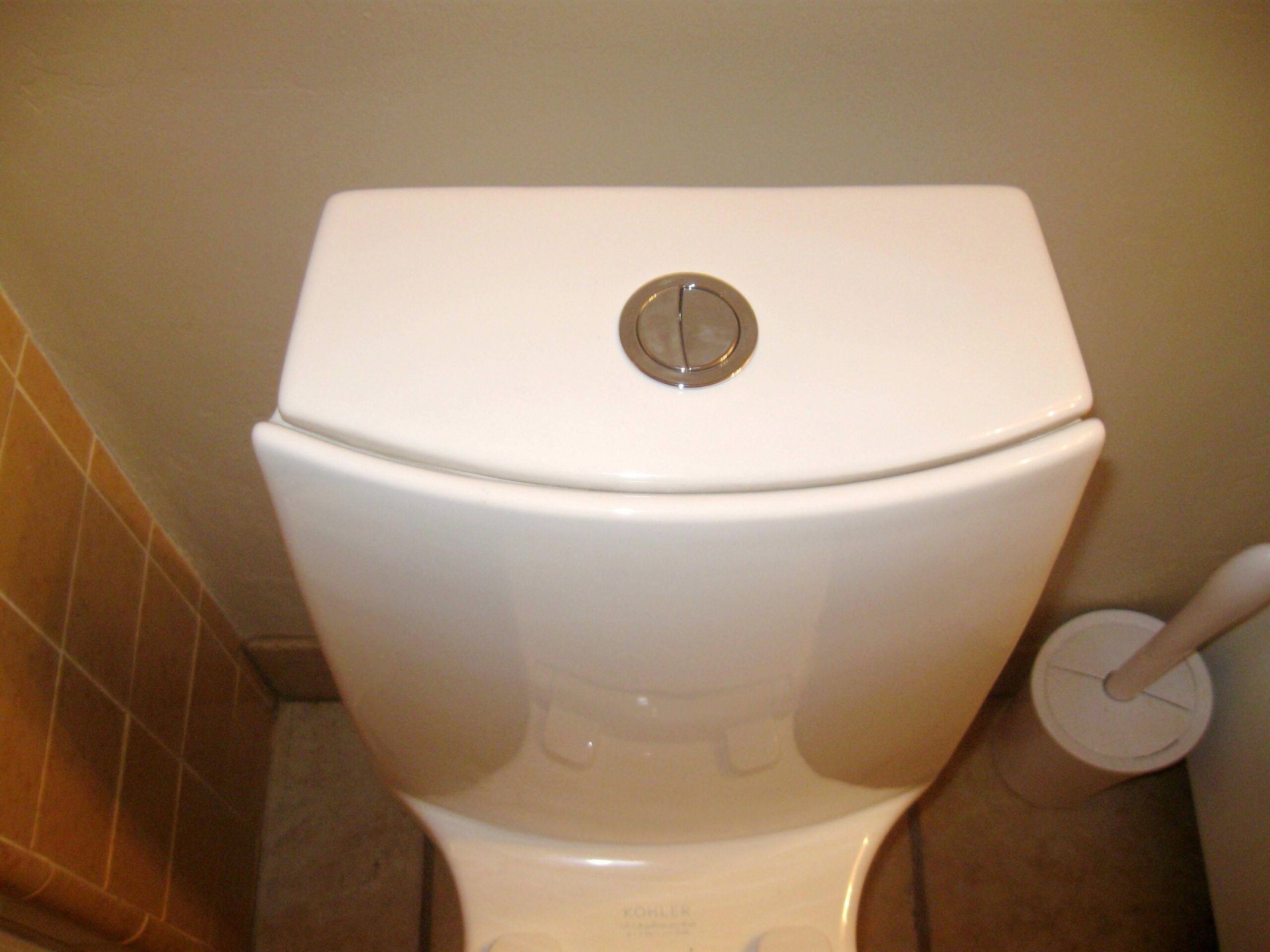 Dual-flush toilets are wasting more water than they save, says U.K. water utility