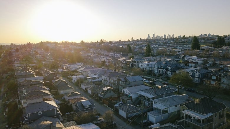 Why detached home prices in Greater Vancouver have been rising, while condo prices have stayed static