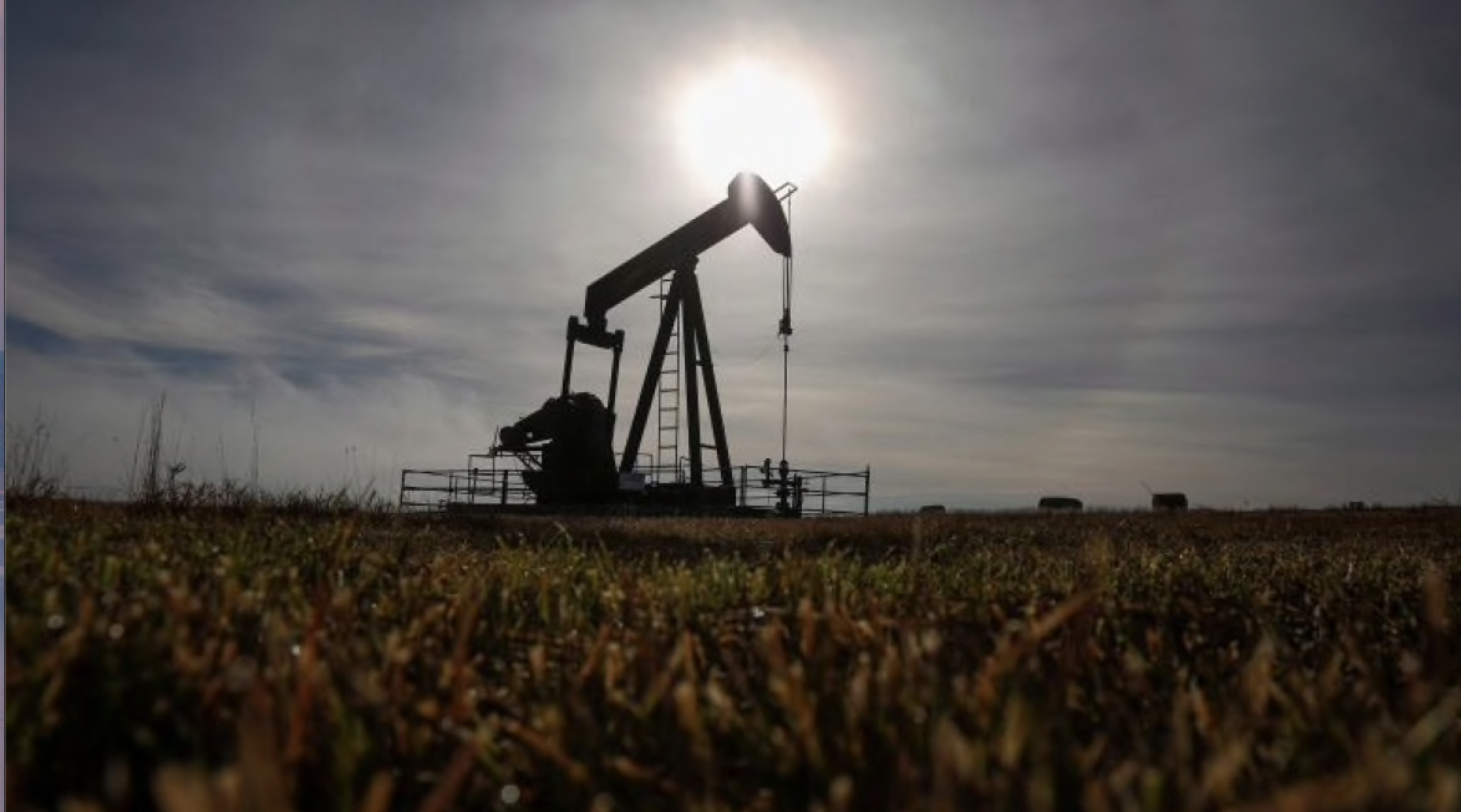 Can Canada reach its emissions targets while still producing so much oil and gas?