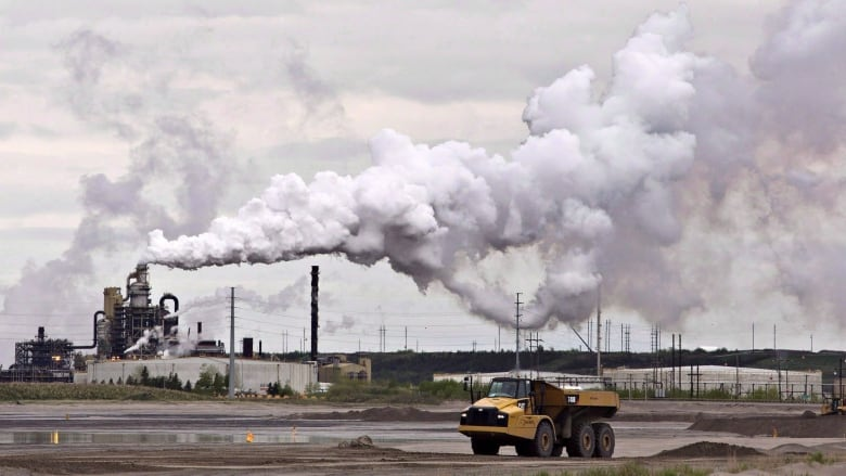 Union representing energy workers backs stronger emissions cuts — as long as there's a transition plan