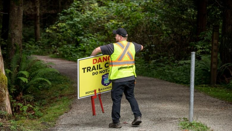 Stanley Park open again to public after coyote cull