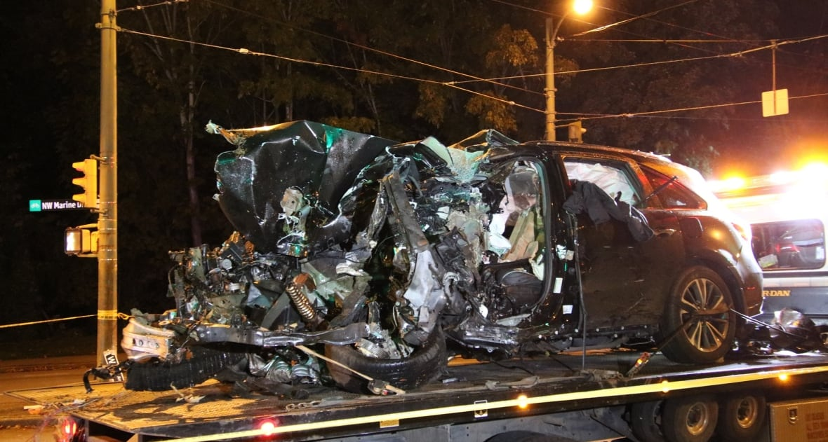 Single-vehicle crashes in Vancouver, one 30 year old dead
